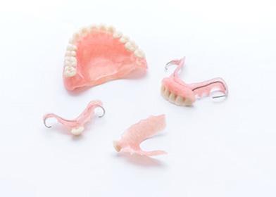 四日市の歯科医院 西城歯科